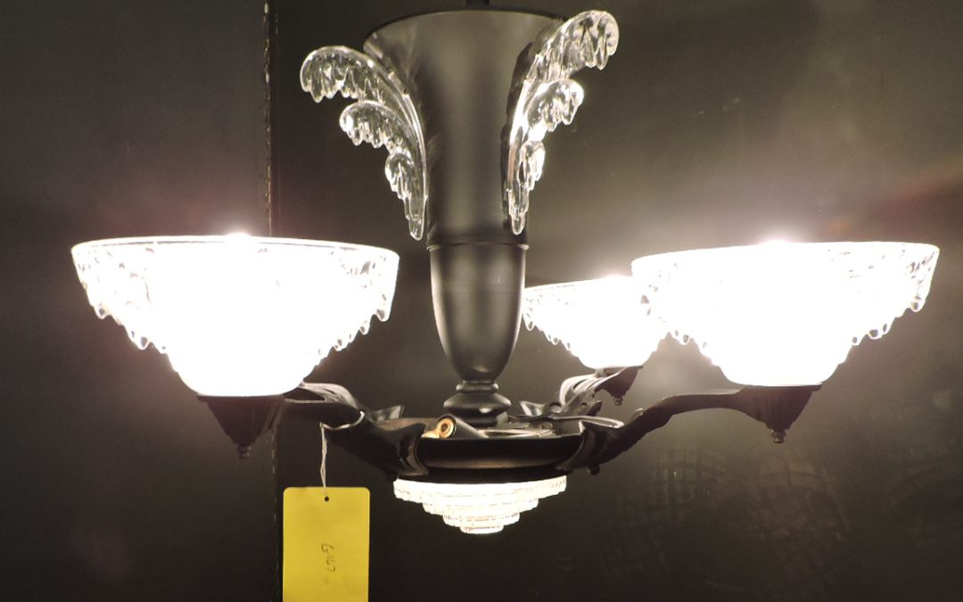 Art Deco French Ezan Style Icicle Chandelier 1930 S France Orleans Antique Lighting