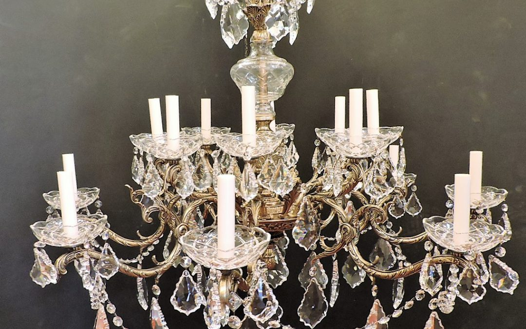 Country French 16 Light Chandelier Bronze – 1950's Spain